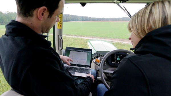 Schaeffler provides all-round service for agricultural engineering.
